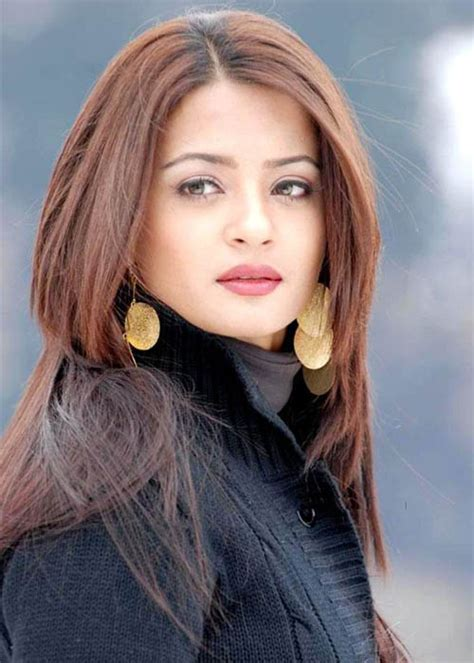 figure height surveen chawla biography age height weight figure