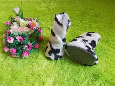 Paket Reseller Baju Bayi Kode Bn11046 eksklusif sepatu boots bayi sapi moo jual baju pesta