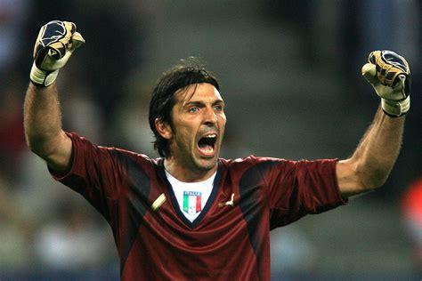 Buffon No 1 no 1 gigi buffon the top 5 italian goalkeepers of all