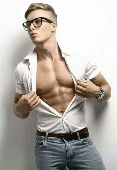 hot guys with nerd glasses 17 best images about sexy nerd on pinterest sunglasses
