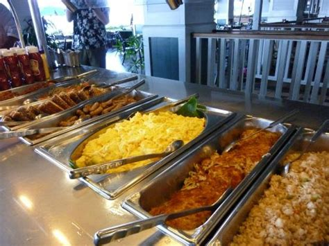 hot breakfast picture of outrigger reef waikiki beach