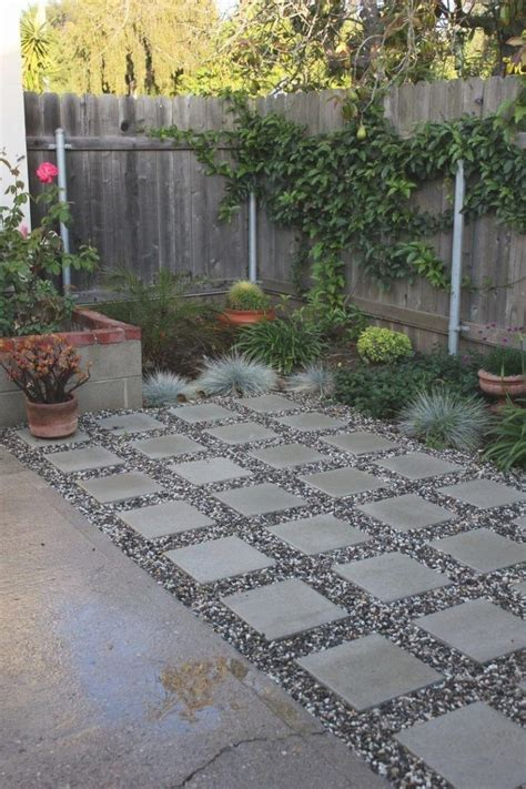 paver patio edging options 25 best paver edging ideas on grass edging