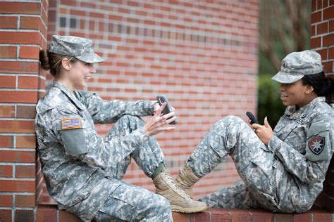Dod Cell cell phone use in army basic