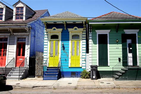 new orleans shotgun house 3 shotgun houses in new orleans you should buy right now