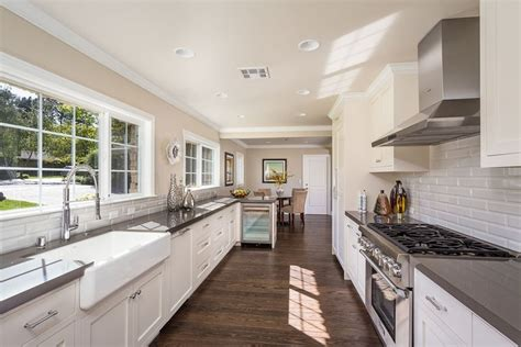 Country Kitchen Paint Color Ideas by White Kitchen Cabinets In Galley Kitchen Quicua Com