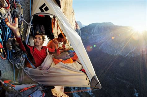 Hammock Edge Mountain cing on a cliff with a portaledge