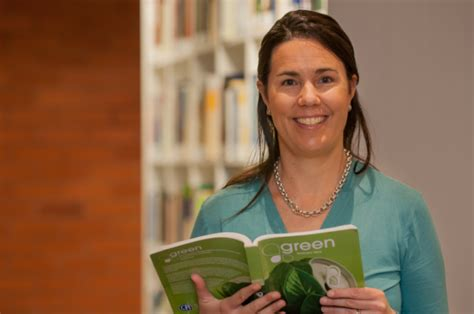 Elizabeth Greene Mba by How Green Is Your Company S Reporting