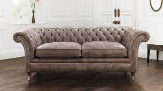 Chesterfield Sofa Brown Brown The Most Popular Chesterfield Sofa Shade