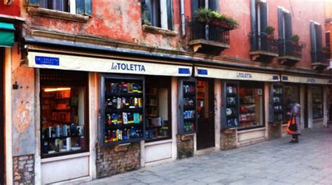 toletta libreria bint photobooks on venice the city of
