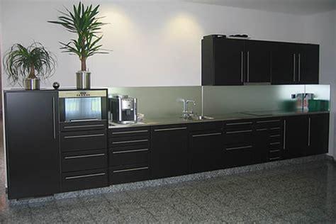 Küchen Kanister Schwarz by K 252 Che Glasr 252 Ckwand K 252 Che Schwarz Glasr 252 Ckwand K 252 Che