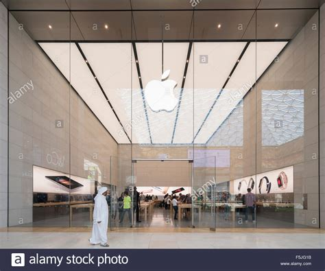 apple yas mall new apple store in yas mall in abu dhabi united arab