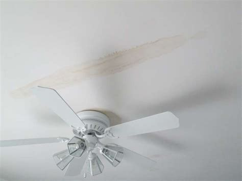 How To Fix Water Stains On Ceiling by How Do I Fix Water Stains On The Ceiling Mb Jessee