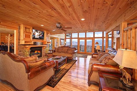 Luxury Cabin Rentals In Gatlinburg Tn by Living Room To Our Luxury Cabin Yelp
