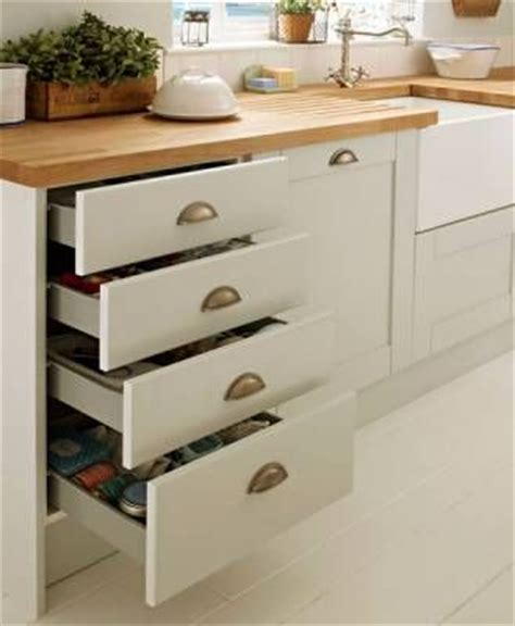 4 drawer base unit howdens kitchen