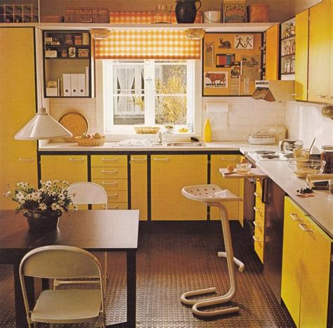 70 s kitchen 25 best ideas about 70s kitchen on pinterest 1970s