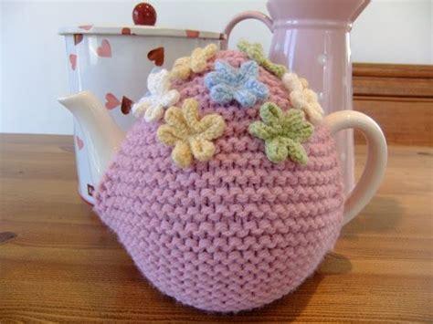 easy tea cosy knitting pattern free 25 best ideas about tea cosy pattern on tea