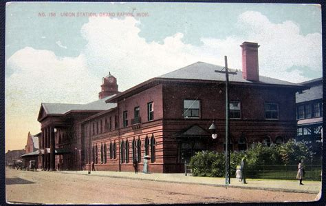 grand rapids michigan 1916 union station railroad