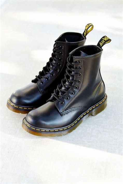 1000 ideas about dr martins on doc martins