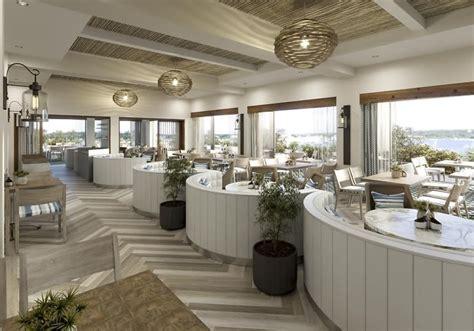 hamptons restaurants  hit   summer