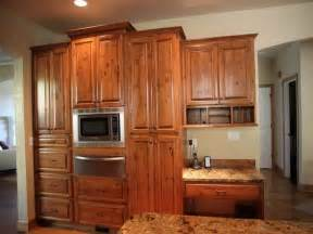 Alder Wood Kitchen Cabinets by Kitchen Knotty Alder Cabinets Pictures For Kitchen