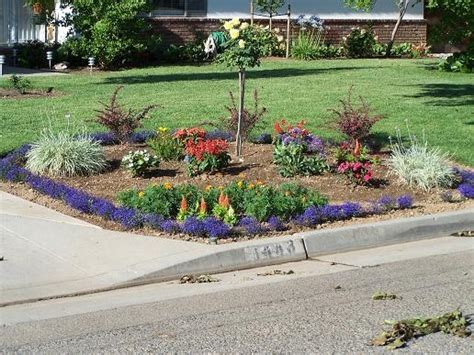 1000 ideas about corner flower bed on