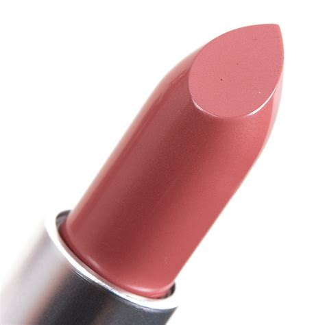 mac nutcracker sweet lip bag review photos swatches