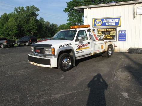 how to work on cars 1994 gmc 3500 interior lighting buy used 1994 gmc 3500hd tow truck in michigan city indiana united states for us 10 000 00