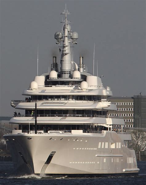 jacht van abramovich roman abramovich eclipse yacht has sailed into a lot of