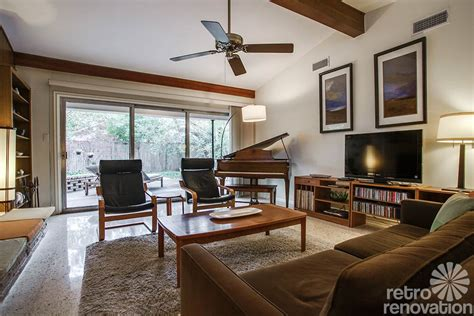 1960 living room 1956 dallas time capsule house with n bathroom just 1 500 s f but lives large