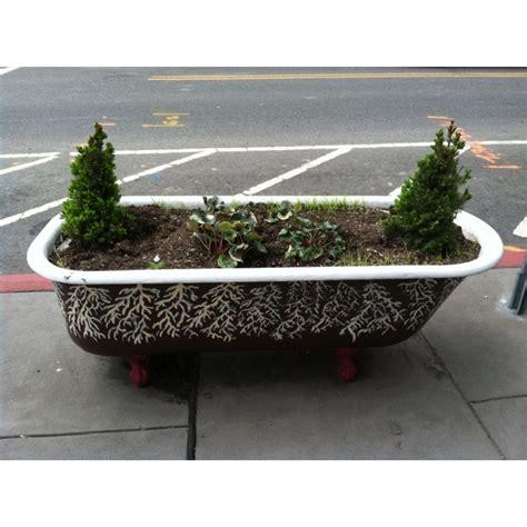 bathtub planter pinterest discover and save creative ideas