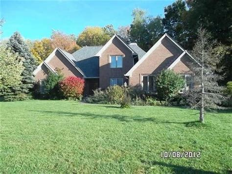 10183 fox trce zionsville indiana 46077 reo home details