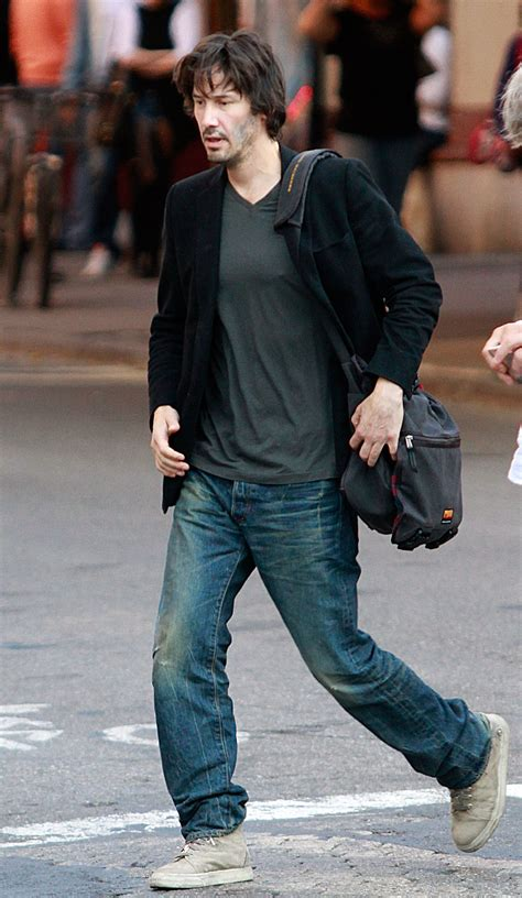 Carpet Construction by Keanu Reeves Shows You How To Wear A Blazer Everywhere And