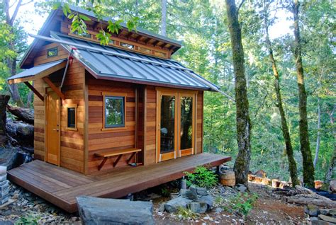 15 Ingeniously Designed Tiny Cabins For Vacation Or Gateway Tiny House Roof Plans