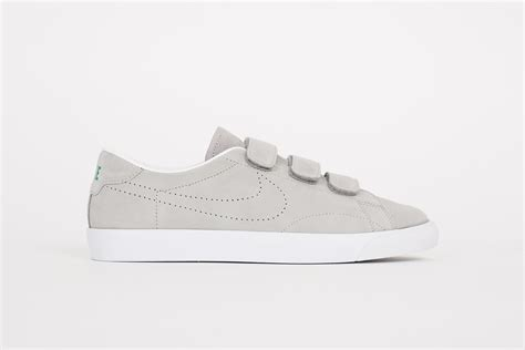nike velcro basketball shoes the nike tennis classic ac velcro comes in a wolf grey