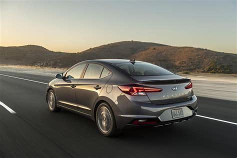 2019 Hyundai Elantra by 2019 Hyundai Elantra Revealed With New Looks Lots Of