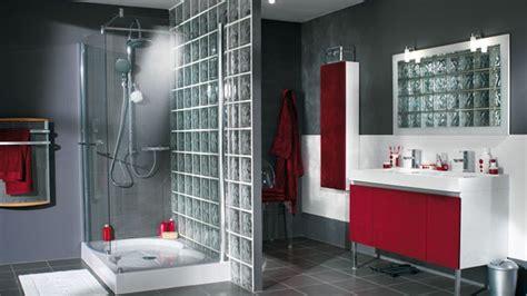 Superbe Pave De Verre Salle De Bain #5: 0290017104882858-c2-photo-oYToyOntzOjE6InciO2k6NjU2O3M6NToiY29sb3IiO3M6NToid2hpdGUiO30=-briques-verre-paves-demi-cloison-salle-bains-rouge-grise-blanche.jpg