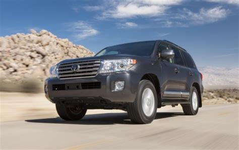 Toyota Sequoia Vs Toyota Land Cruiser 2015 Toyota Land Cruiser Vs Land Rover Range Rover Lexus