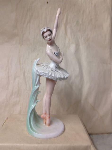 antique porcelain figurine table ls 32 best coalport images on porcelain