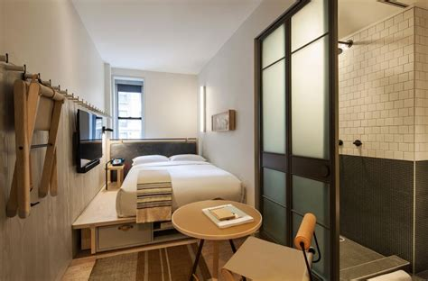 trendy modern hotel  nyc moxy times square