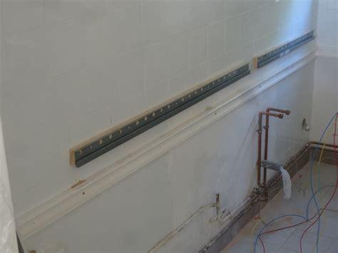 fixation meuble haut cuisine placo fixer plan de travail ides de dcoration et de mobilier