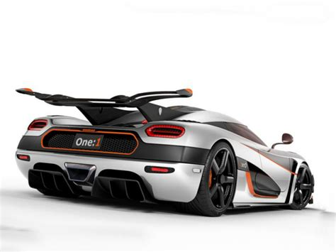 One 1 Koenigsegg 2014 Koenigsegg One 1 Review