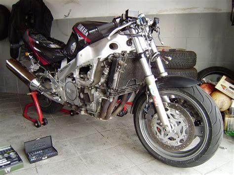 Motorrad Ohne Verkleidung Fahren by Yamaha Fzr1000 3le 20 Jahre Freude Am Fahren 171 Benzins
