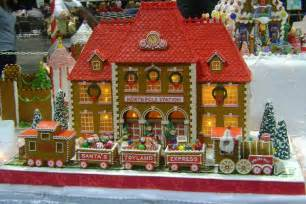 simply creative gorgeous gingerbread houses