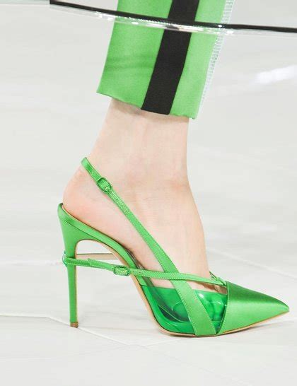 New Arrival Best Seller Sandal Chanel 1128 2 prabal gurung green courts ss14 imaxtree ga