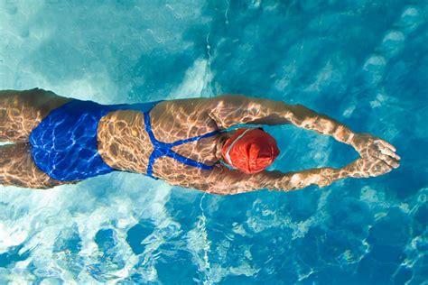 alimentazione per nuotatori il nuoto un toccasana per corpo e mente il sano quotidiano