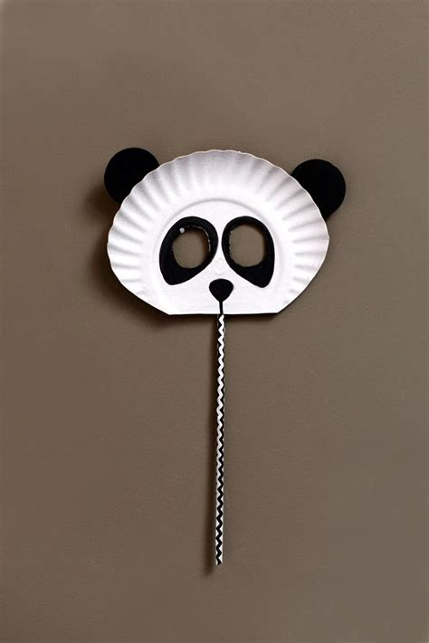 Masker Panda make a panda mask with paper plates paper plate crafts