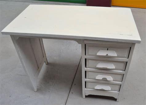 piccola scrivania piccola scrivania anni 30 in rovere massello laccata