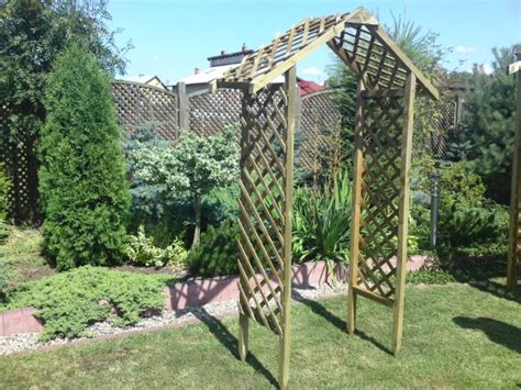 Garden Arch Primrose 2 2m Value Lattice Garden Arch 163 69 99