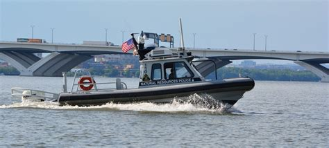 public boat rs elkton md dancing woman falls overboard boat runs over her first