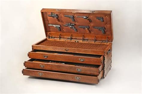 bench gun gun case trunk bench